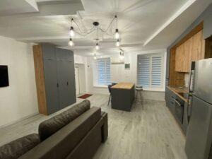 3-комнатная квартира в центре на Греческой