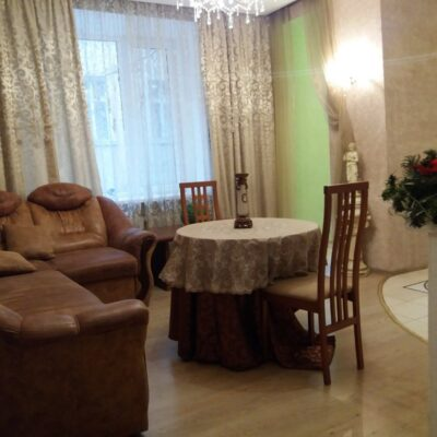 2 комнатная квартира на Пироговской/ Французский бульвар