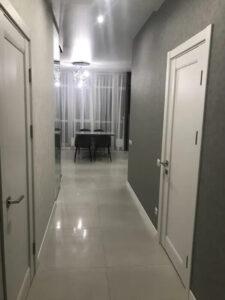 1 комнатная квартира с ремонтом в ЖК Четыре сезона