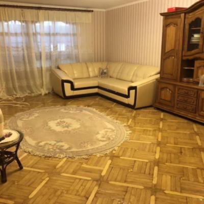 3 комнатная квартира на улице Армейская