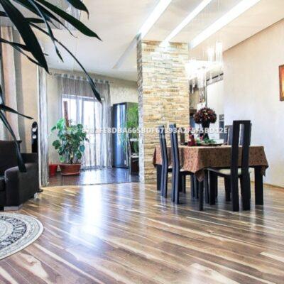 3 комнатаная квартира с ремонтом в районе Музкомедии