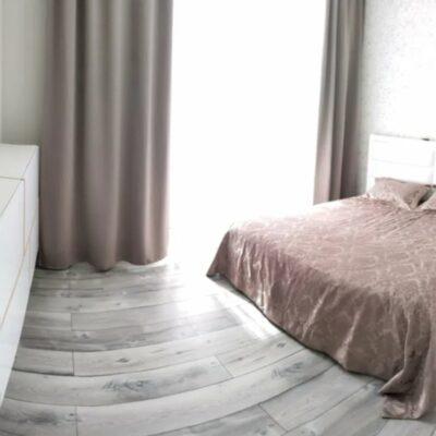 2 комнатная квартира с ремонтом на улице Толбухина