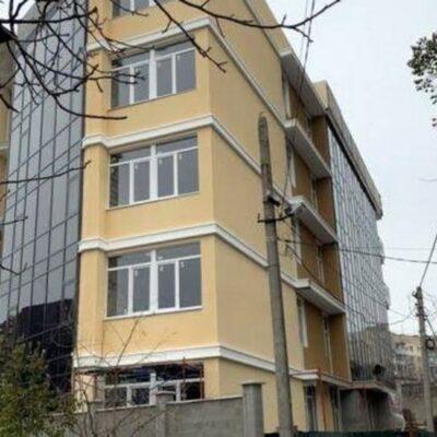 2 комнатная квартира в Приморском р-не на Леваневского.
