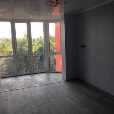 2 комнатная квартира с ремонтом в ЖК Малинки