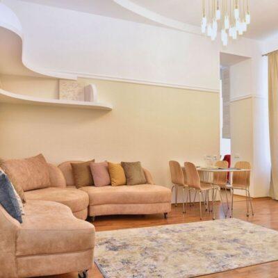 3 комнатная квартира на улице Екатериненской