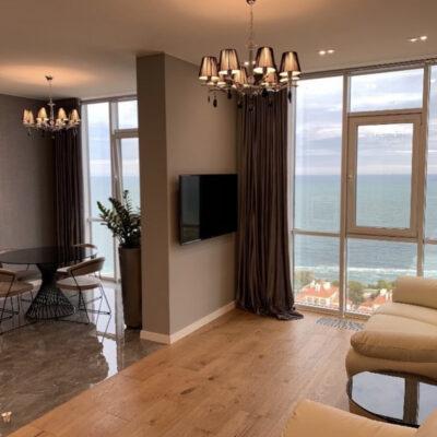 2 комнатная квартира с видом моря в ЖК 19 Жемчужина