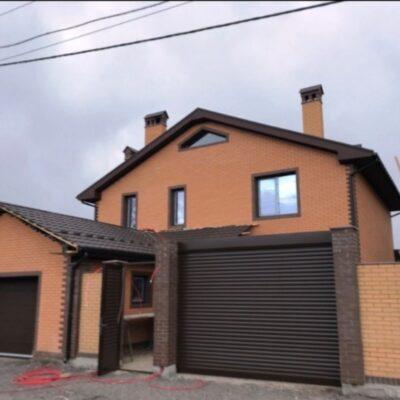 Двухэтажный дом на Айвазовского/ ТРЦ Ривьера