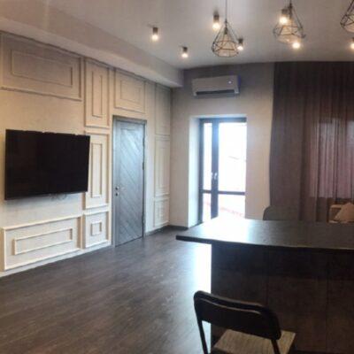 1 комнатная квартира в центе на Базарной