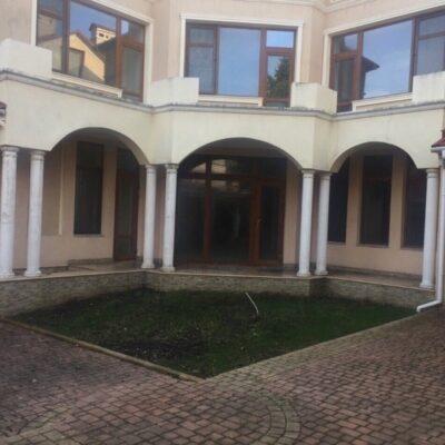 Дом на Авдеева Черноморского на 8 сотках земли