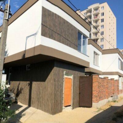 Двухэтажный дом на Вавилова