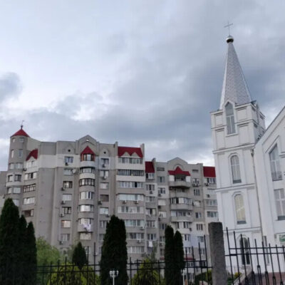 3 комнатная квартира в центре по улице Комитетской