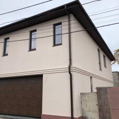 Двухэтажный дом в Крымском переулке