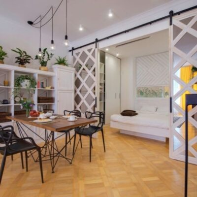 2 комнатная квартира с ремонтом на Французском бульваре