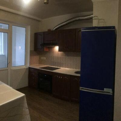 1-комнатная квартира с ремонтом в ЖМ Радужный.