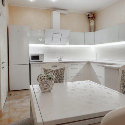 1 комнатная квартира с ремонтом на Гагаринского Плато