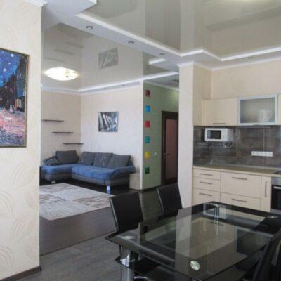 2 комнатная квартира на улице Среднефонтанской