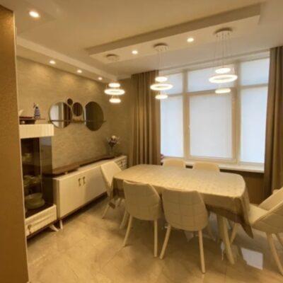 Просторная 5-комнатная квартира на Каманина
