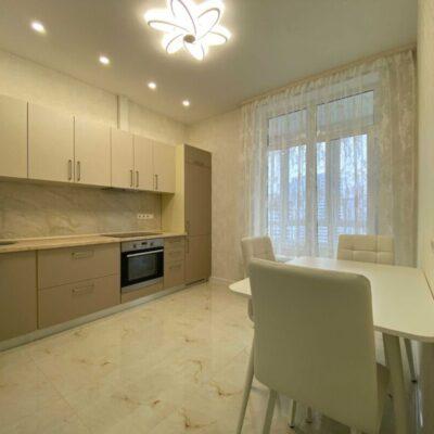 1 комнатная квартира с ремонтом в ЖК Омега
