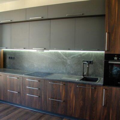 2 комнатная квартира с ремонтом в ЖК Элегия Парк