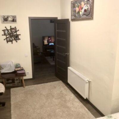 2 комнатная квартира в центре на Базарной