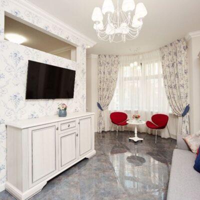 2-комнатная квартира в центре с евроремонтом