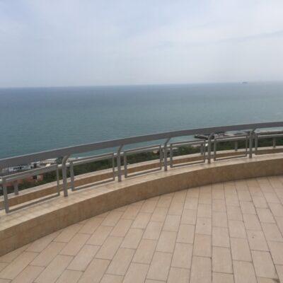 Двухуровневый пентхаус в ЖК Мерседес, вид моря, терраса