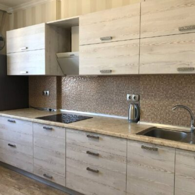 1-комнатная квартира с ремонтом в ЖК Радужный