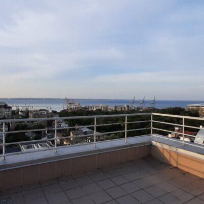 Квартира 200 м2 с террасой в ЖК Сабанский, вид на порт и море