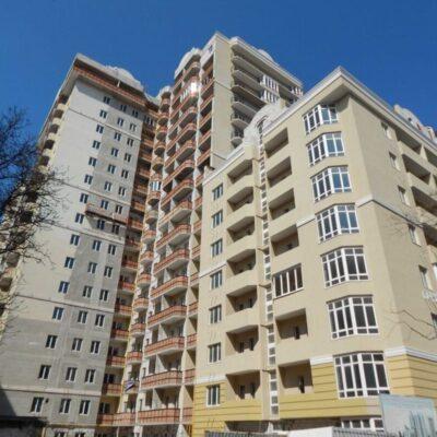 3-комнатная квартира в ЖК Солнечный возле площади 10 Апреля