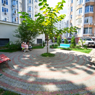 3 комнатная квартира в доме Каркашадзе/Довженко
