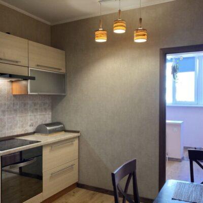 Просторная квартира с ремонтом в Радужном