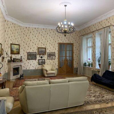 4 комнатная квартира в переулке Чайковского