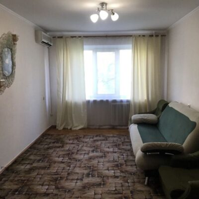 3-комнатная квартира в Малиновском районе