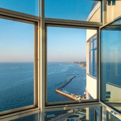 2-комнатная квартира с прямым панорамным видом на море