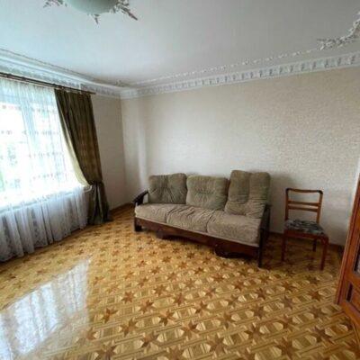 2-комнатная квартира на Левитана в кирпичной доме
