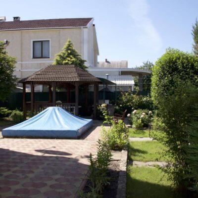 Двухэтажный дом в Царском селе-1