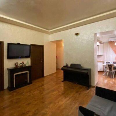 3-комнатная квартира по ул.Кузнечначя