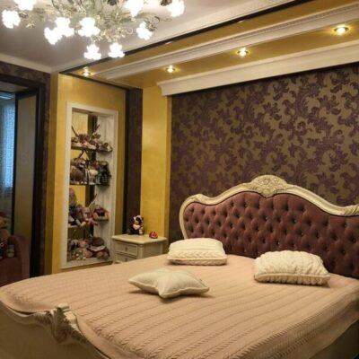 4-комнатная квартира в Киевском районе