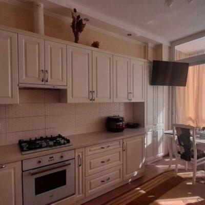 Однокомнатная квартира с ремонтом в 11 Жемчужине
