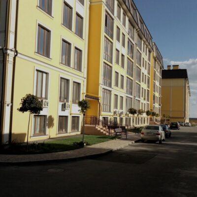 1-комнатная квартира в Клаб Марин и место в паркинге