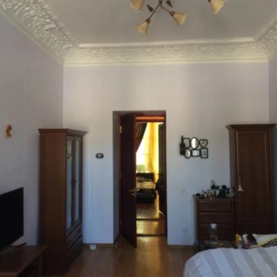 4 комнатная квартира в центре на Асташкина