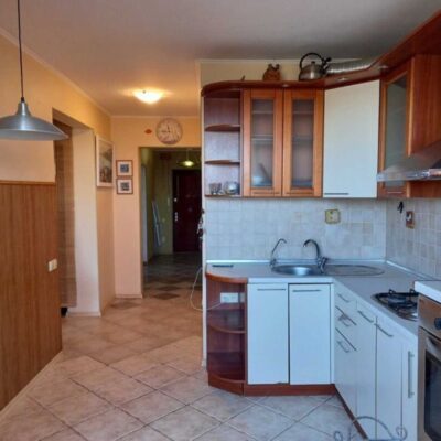 3 комнатная квартира по улице Черняховского
