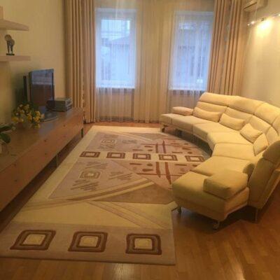 3-комнатная квартира в Хвойном переулке
