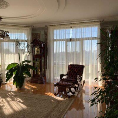 3-комнатная квартира на улице Гимназическая