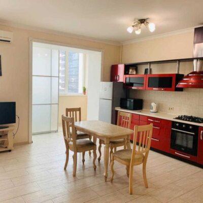 2-комнатная квартира на ул.Солнечной в Приморском районе